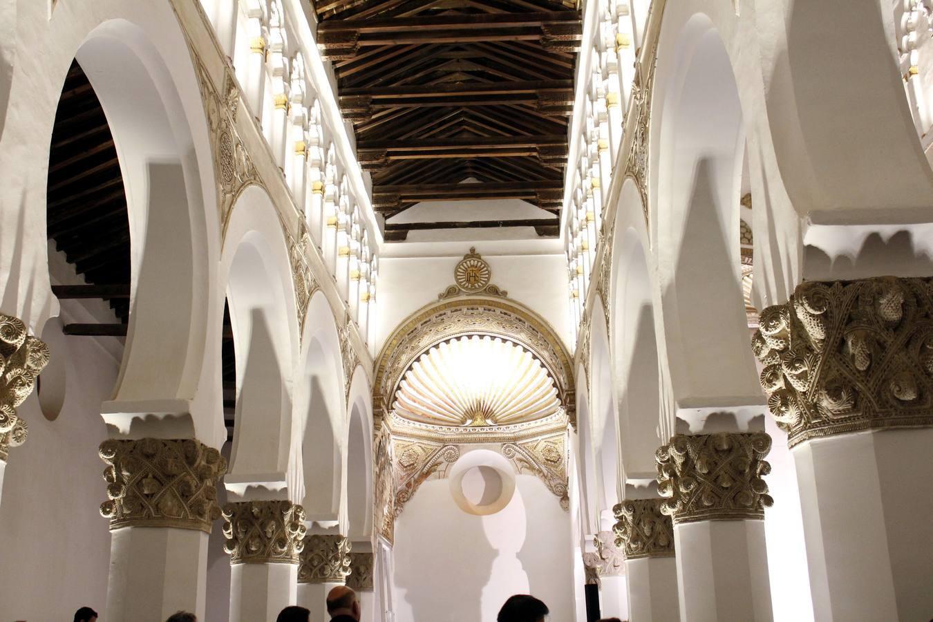 iluminacion sinagoga de santa maria la blanca